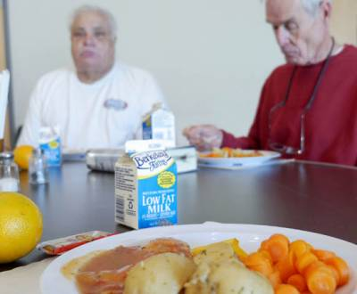 senior-meals-P1050713